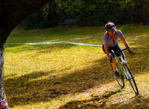 Linda Cyclecross racing